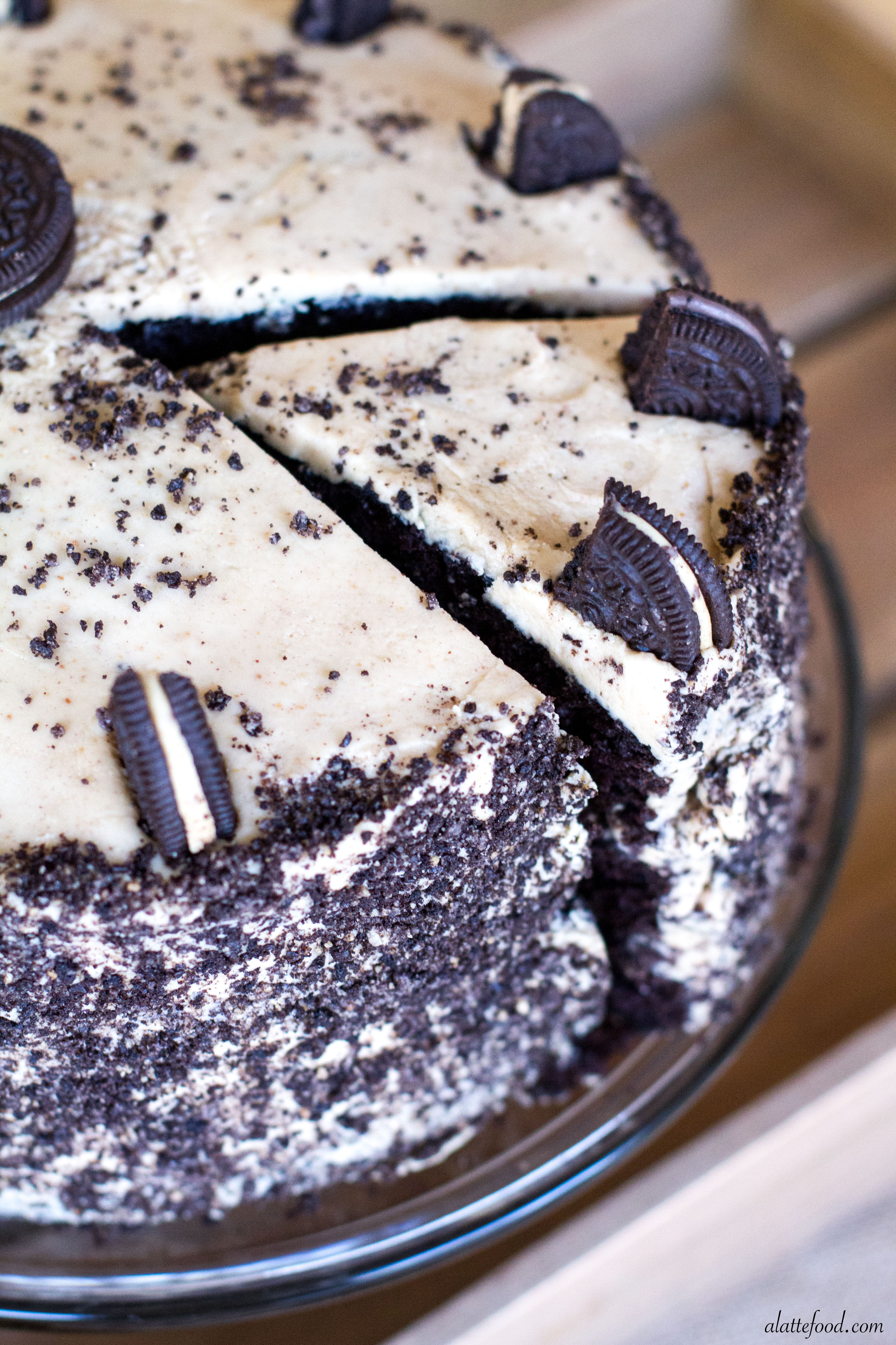 Description. Unsurprisingly, given the slight myriad of ingredients, this cake isn't based on a recipe – it was inspired by an Oreo-topped delight on Joy the Baker's blog, but the recipe is an original to The Usual Saucepans.